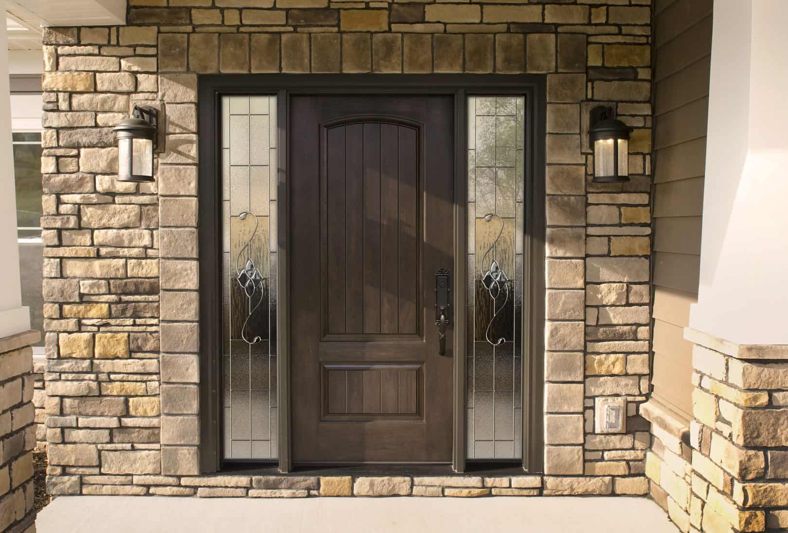 WinTek USA is proud to offer Embarq entry doors by provia
